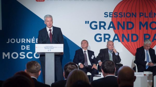 sobyanin_in_paris_2016